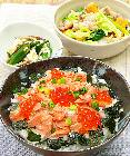 夕食食材宅配サービスの「ヨシケイ」紅鮭といくらのとっとき親子丼